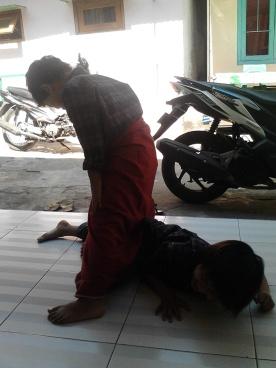 Kegiatan Belajar Sholat di Rumah Cerdas Islami (19)
